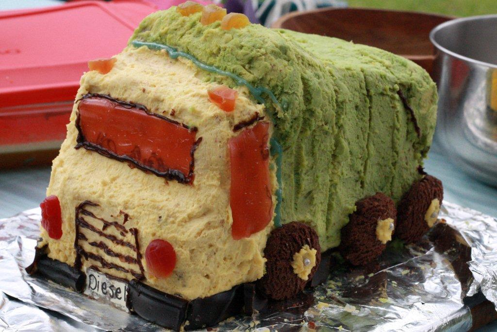 D's cake